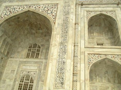 Agra (30)