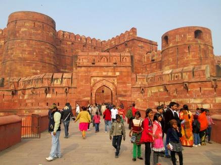 Agra (70)