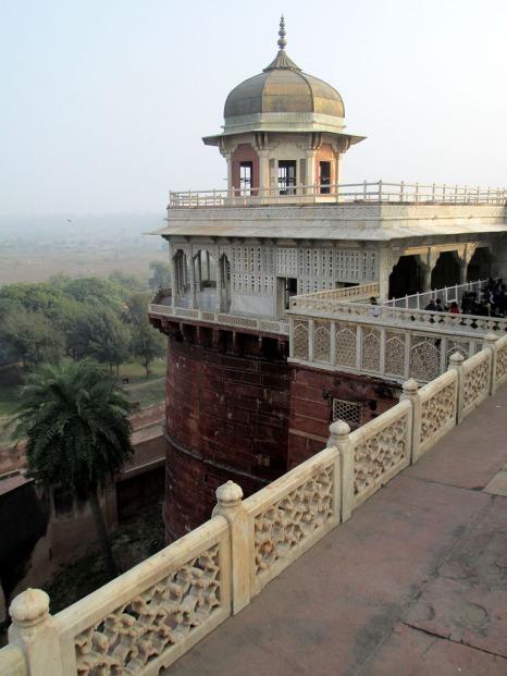Agra (92)
