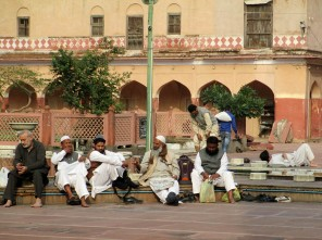Delhi (75)
