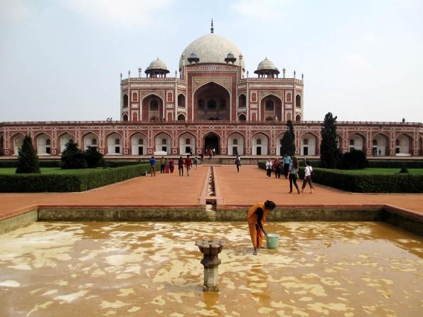 Delhi (84)