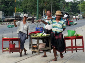 Yangon (99)